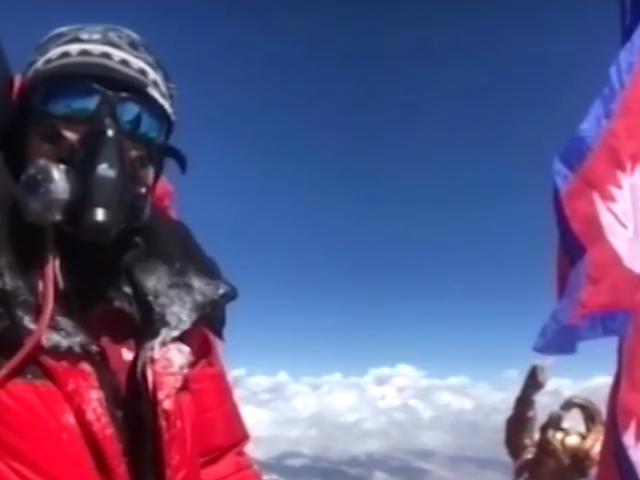 Первоуралец покорил Эверест