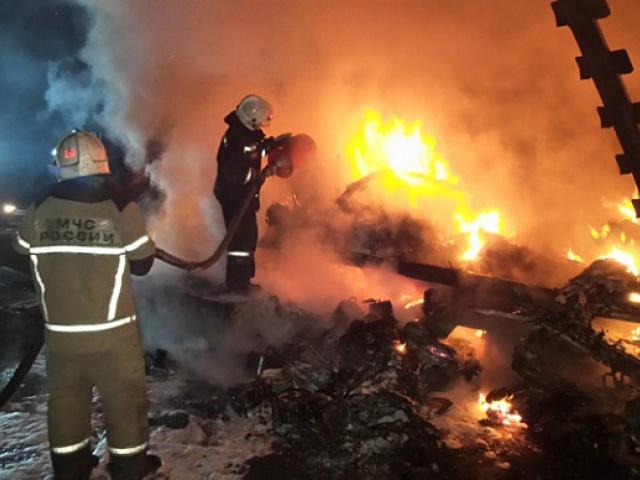 На ЕКАД сгорел грузовик, перевозивший инструменты из Москвы в Первоуральск